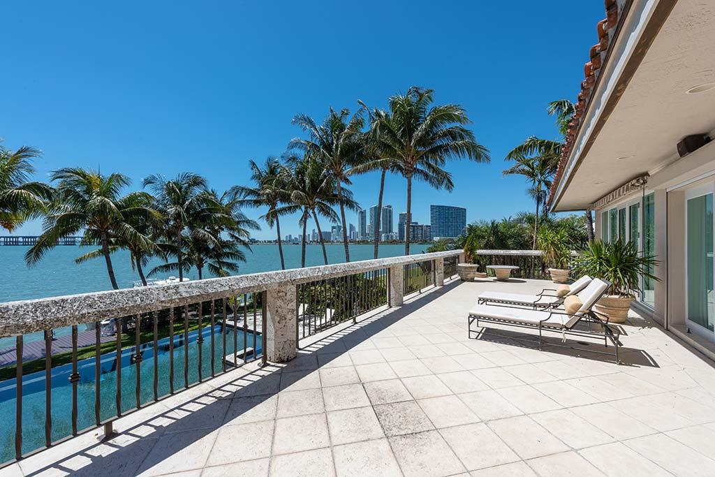 Вид на Майами с балкона дома Энрике Иглесиаса