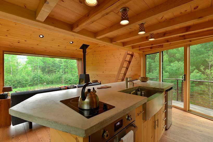Эко-интерьер дома из древесины