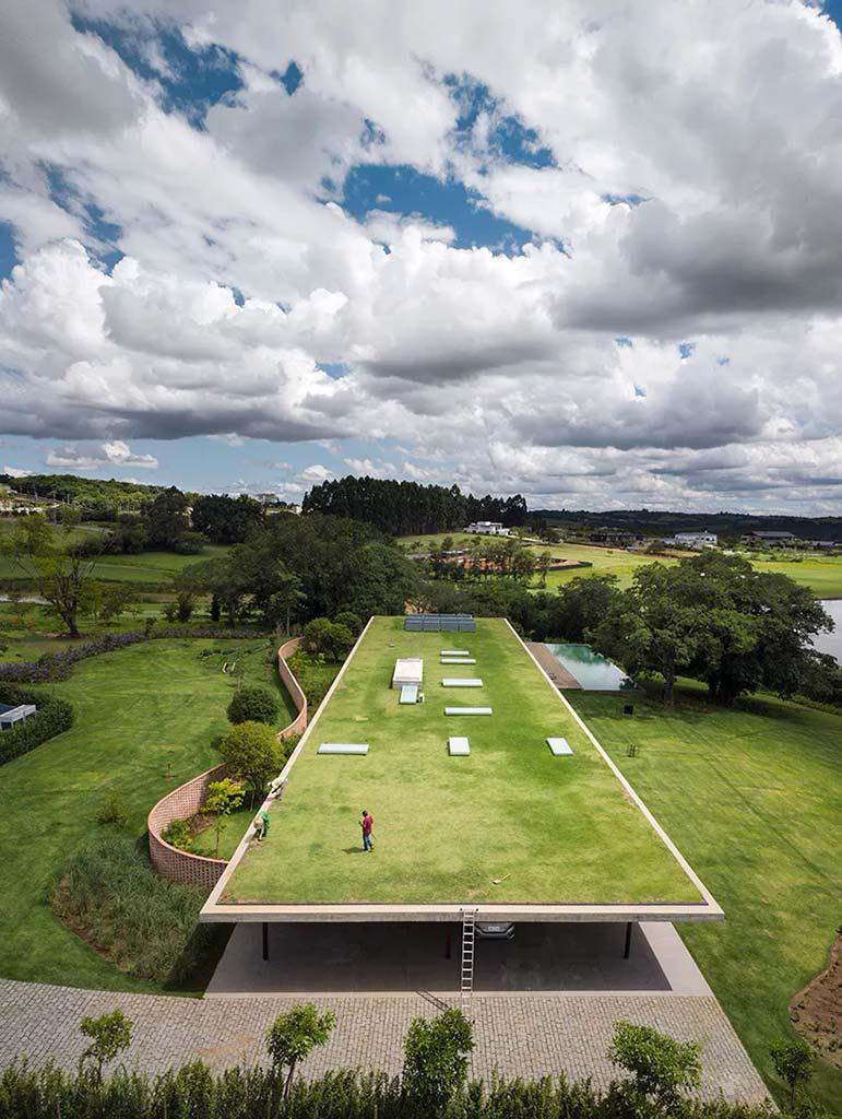 Зеленая крыша как пятый фасад здания