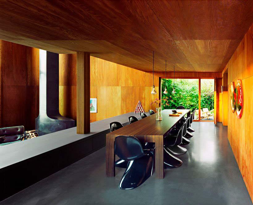 Дизайнерская столовая в доме Casa 26