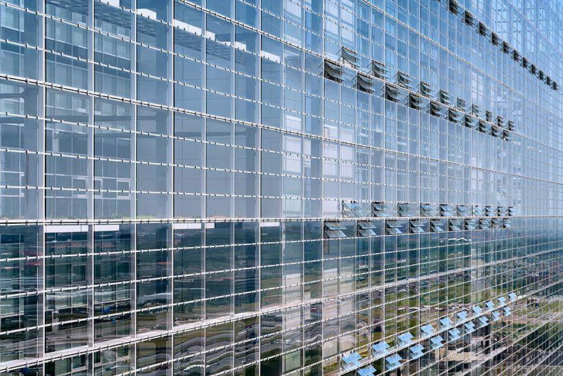 Стеклянное здание Европейского Патентного Ведомства от Жана Нувеля