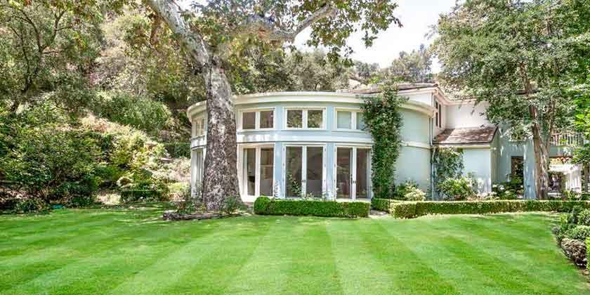 Серена Уильямс продаёт дом в Бель-Эйр со скидкой $2 млн