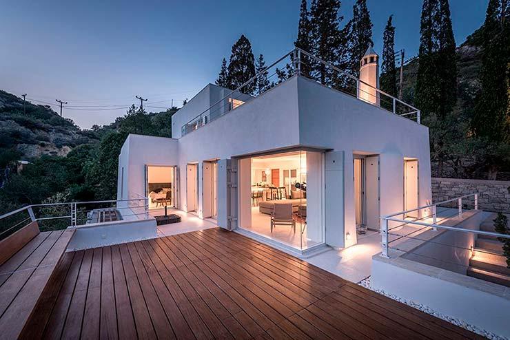 Дом на склах греческого острова Китира. Проект R.C. Tech
