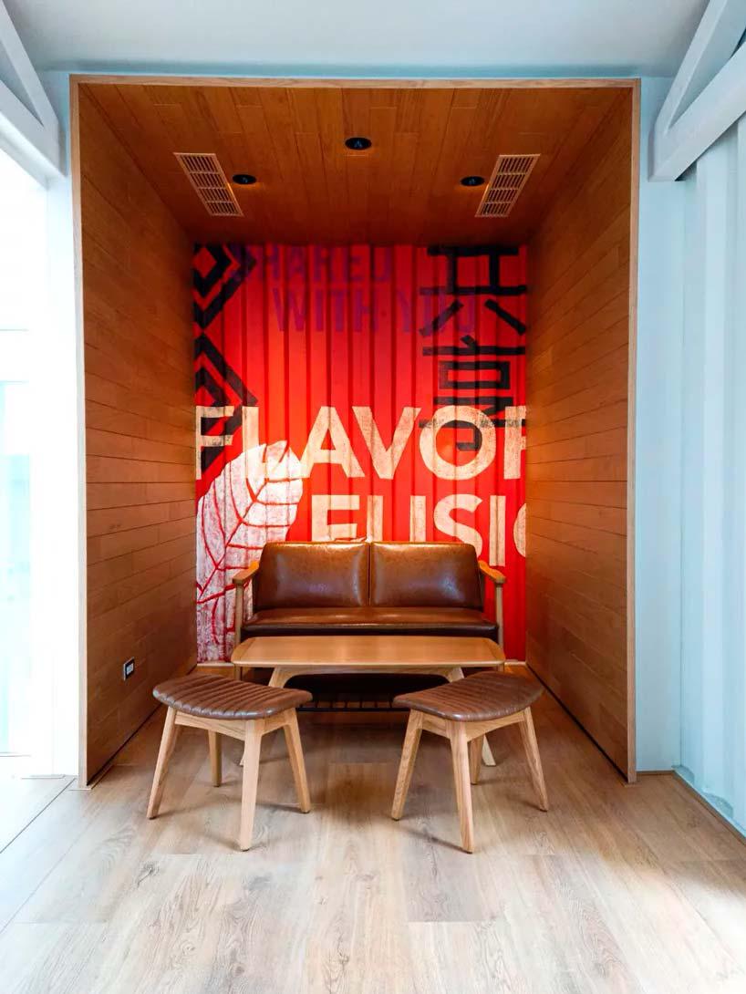 Интерьер кофейни Starbucks от Kengo Kuma