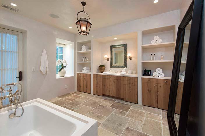 Ванная комната в доме Евы Лонгории