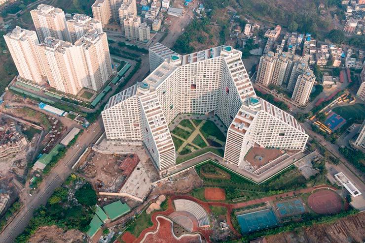 Современный ЖК Future Towers в городе Пуна от MVRDV
