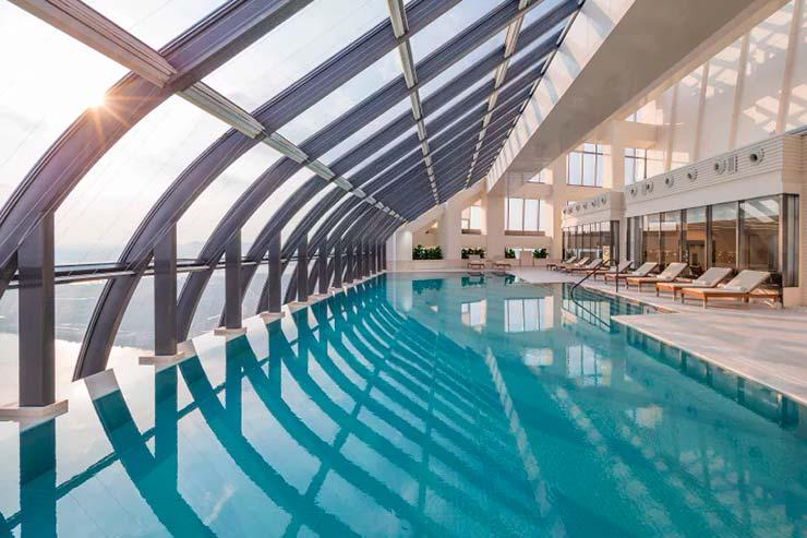 Высотный бассейн в небоскребе от Zaha Hadid