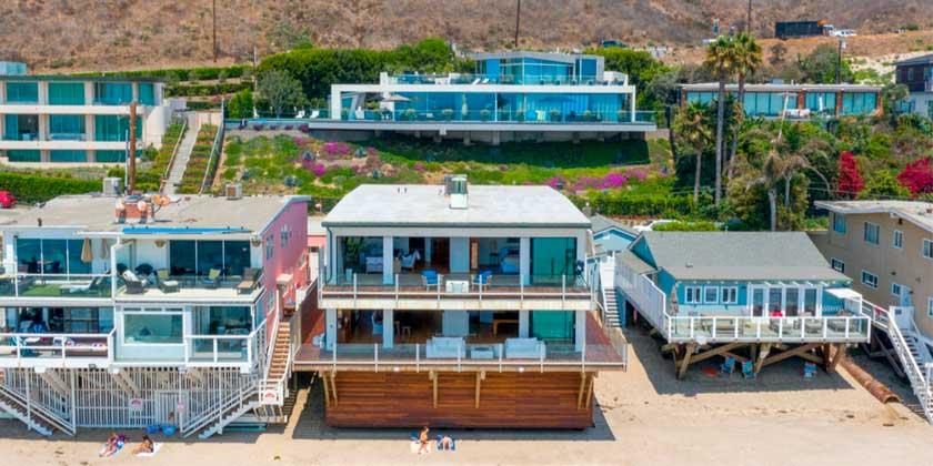 Мэттью Перри продаёт пляжный дом в Малибу за $14 млн