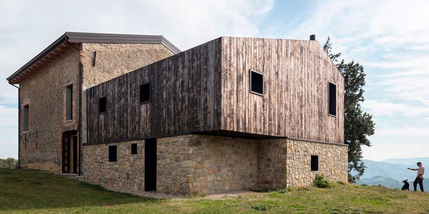 Старый фермерский дом в Болонье. Реконструкция от Ciclostile