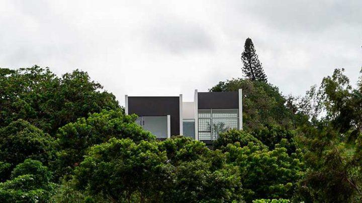 Монолитный дом Carpina в Бразилии от NEBR Arquitetura